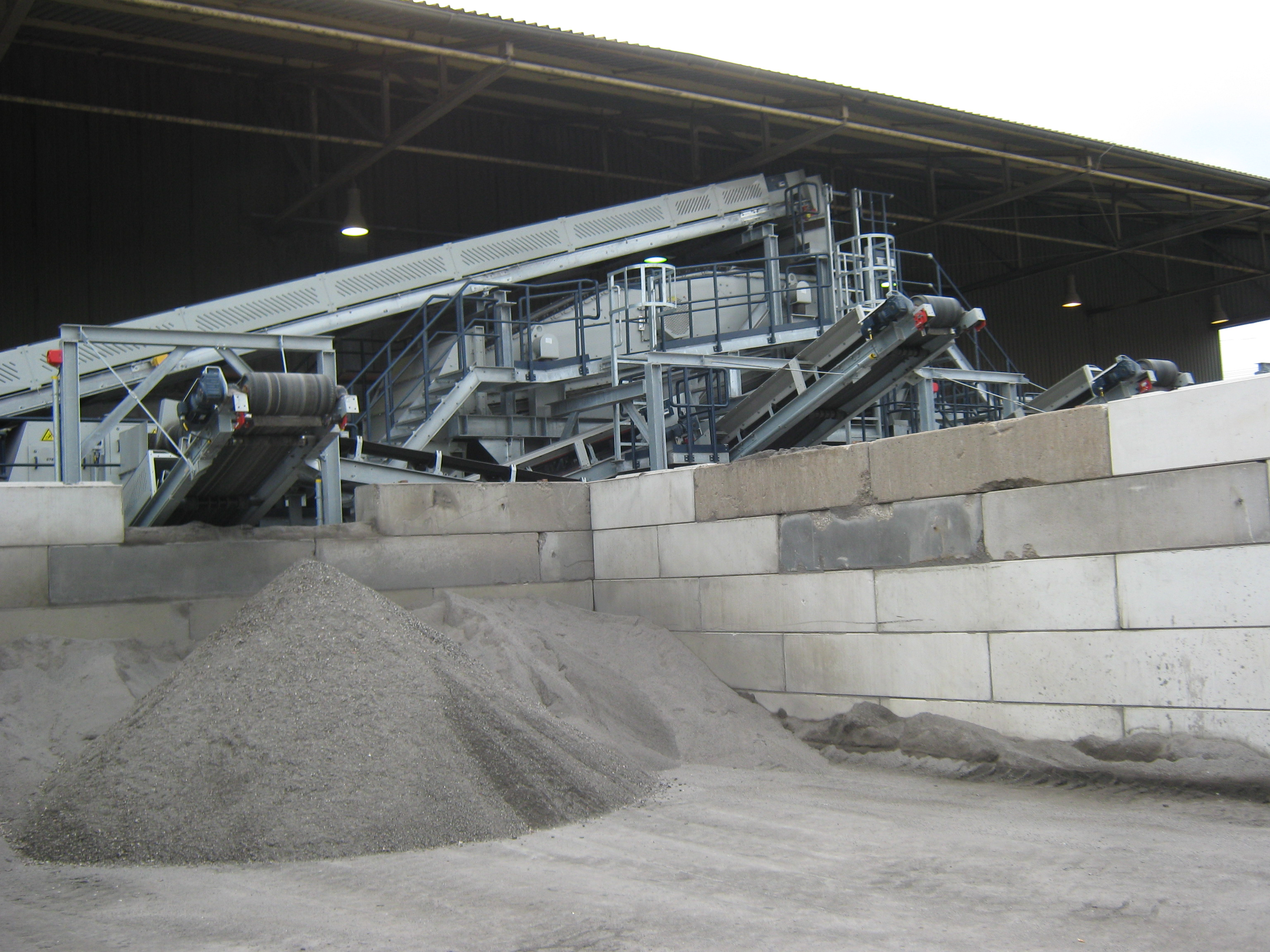 bottom ash processing plant